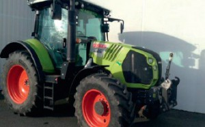 Tracteur occasion CLAAS